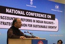 रेल यात्रियों को अच्छी सेवा के लिए करना चाहिए भुगतान : जेटली