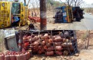 पालघर : जव्हार घाट में गैस सिलेंडर से भरा ट्रक पलटा , कुछ पल के लिए लोगो के दिल की धडकने रुकी .