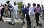 गोविन्द नगर पुल निरीक्षण में मिली खामियां, डीएम ने लगाई फटकार