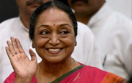राष्ट्रपति चुनाव : विपक्ष की उम्मीदवार मीरा कुमार ने भरा नामांकन