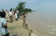 बढ़ने लगा घाघरा का जलस्तर, 140 बीघा खेत जलमग्न