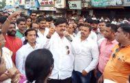 बजरंगदलकेकोकणअध्यक्ष विक्रम भोईरपर शिवसेना के उपनगराध्यक्ष रईश खान ने मामला करवाया दर्ज .