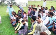 MP का यह गाव सूखे की चपेट में,  बारिस के लिए मुस्लिम समुदाय के लोगो ने अदा की विशेष नमाज