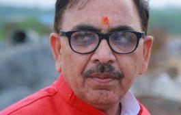 महेंद्र पाण्डेय का अखिलेश पर पलटवार, कहा श्वेत पत्र के आइने में देखें अपनी सरकार की तस्वीर