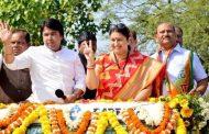 पालघर जिला : विजय जुलूस के बाद भरत राजपूत ने संभाला नगराध्यक्ष का पदभार  .