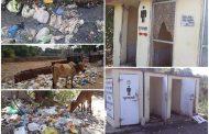 पालघर में नगर परिषद का स्वच्छता अभियान दिखावा , टूटे फूटे शौचालयो और फैली गंदगी ने खोली पोल