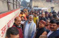 परिवहन मंत्री ने यात्रियों से रू-ब-रू होकर सुविधाओं का हाल जाना