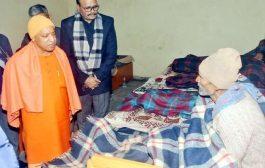 CM योगी के निरीक्षण से सक्रिय हुआ प्रशासन, रैन बसेरों की सूची लगाने का निर्देश