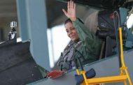 सुखोई में उड़ान भरने वाली पहली भारतीय महिला मंत्री बनीं निर्मला सीतारमन