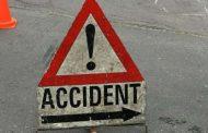 सड़क दुर्घटना में महिला की मौत, पिता-पुत्री गंभीर रूप से घायल