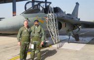 अमेरिकी वायु सेनाध्यक्ष ने उड़ाया लड़ाकू विमान तेजस