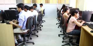 Photo of तकनीक को शिक्षा से जोड़ें स्कूल