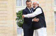 भारत-फ्रांस के बीच 14 समझौतों पर हस्ताक्षर, मेक्रोन-मोदी बने गवाह
