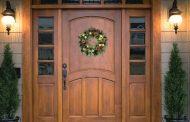 मुख्य द्वार पर इसलिए बनाये जाते हैं शुभ प्रतीक