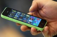 मोबाइल फोन हो सकता हैं बार-बार एलर्जी का कारण