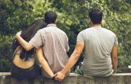 सुप्रीम कोर्ट का बड़ा फैसला : अब शादीशुदा महिलाओं का गैर पुरुष से संबंध बनाना अपराध नहीं