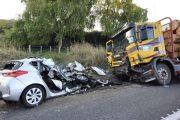शिमला में दर्दनाक हादसा : सड़क दुर्घटना में 10 लोगों की मौत , 3 घायल