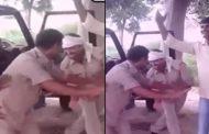ऑन ड्यूटी ही भोजपुरी गाने पर डांस करने लगे पुलिसवाले , video हुआ वायरल