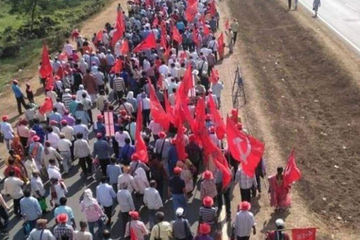 इस वजह से दिल्ली की सड़कों पर उतरा देश का अन्नदाता, हजारों किसानों का आज संसद मार्च