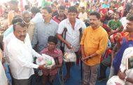 पालघर : दिव्यांगों के साथ बीजेपी सांसद राजेन्द्र गावित ने मनाई दीवाली