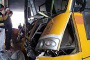 नोएडा : खंभे से टकराई बच्चों से भरी स्कूल बस , 16 बच्चे घायल , ड्राइवर गंभीर