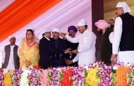 करतारपुर साहिब गलियारा: उपराष्ट्रपति वेंकैया नायडू, CM अमरिंदर ने रखी आधारशिला