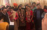 राज ठाकरे के बेटे अमित ठाकरे की शादी, कई जाने-माने राजनेता और बॉलीवुड के जाने माने चेहरे हुए सामिल ,वर्षो बाद एक साथ आया ठाकरे परिवार