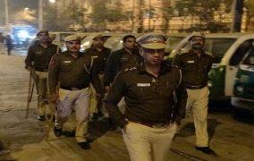 दिल्ली में हुई हिंसा को देखते हुए चांदबाग, करावल नगर सहित 4 थाना क्षेत्रों में कर्फ्यू