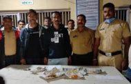 ज्वेलर्स में चोरी कर राजस्थान भाग रहे दो लोगों को पालघर पुलिस ने किया गिरफ्तार , किया पवई पुलिस के हवाले